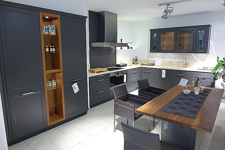 Knauseder kuchen miele hausgerate for Quarzstein arbeitsplatte